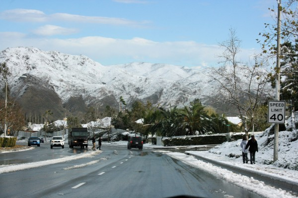 Driving down Horsethief Canyon Road toward Temescal Mountains on east side of I-15. (WeAreTV.org photo)